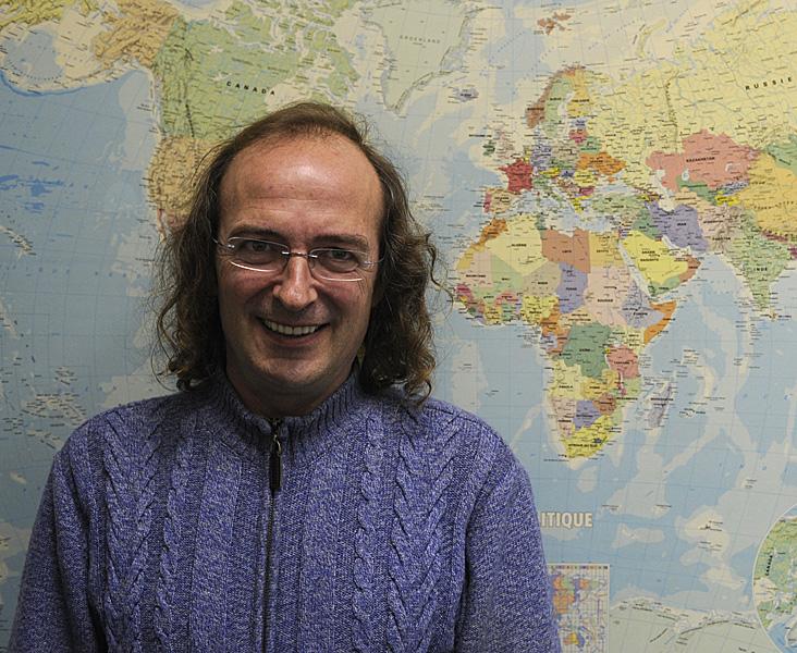 Fernando Jáuregui. Astrofísico del Planetario de Pamplona.