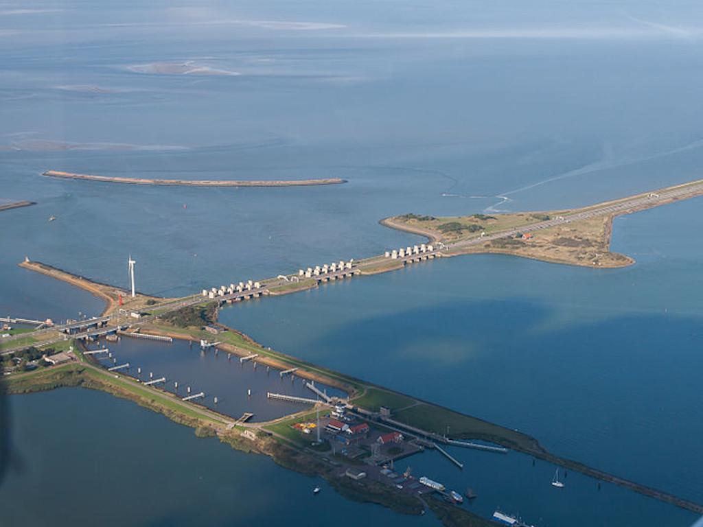 Afsluitdijk (2) .jpg | MD van Leeuwen